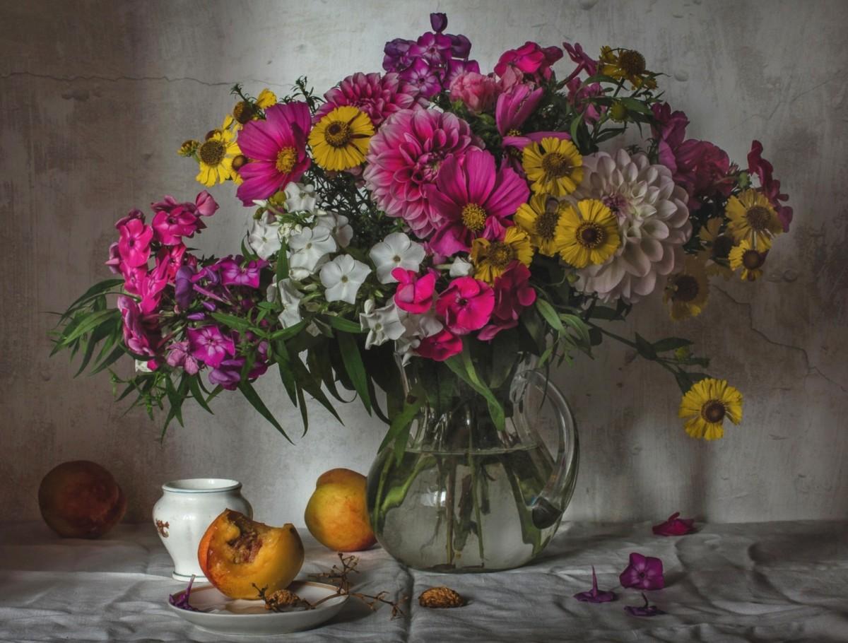 O quebra-cabeça Recolher o quebra-cabeças on-line - Bouquet and peaches