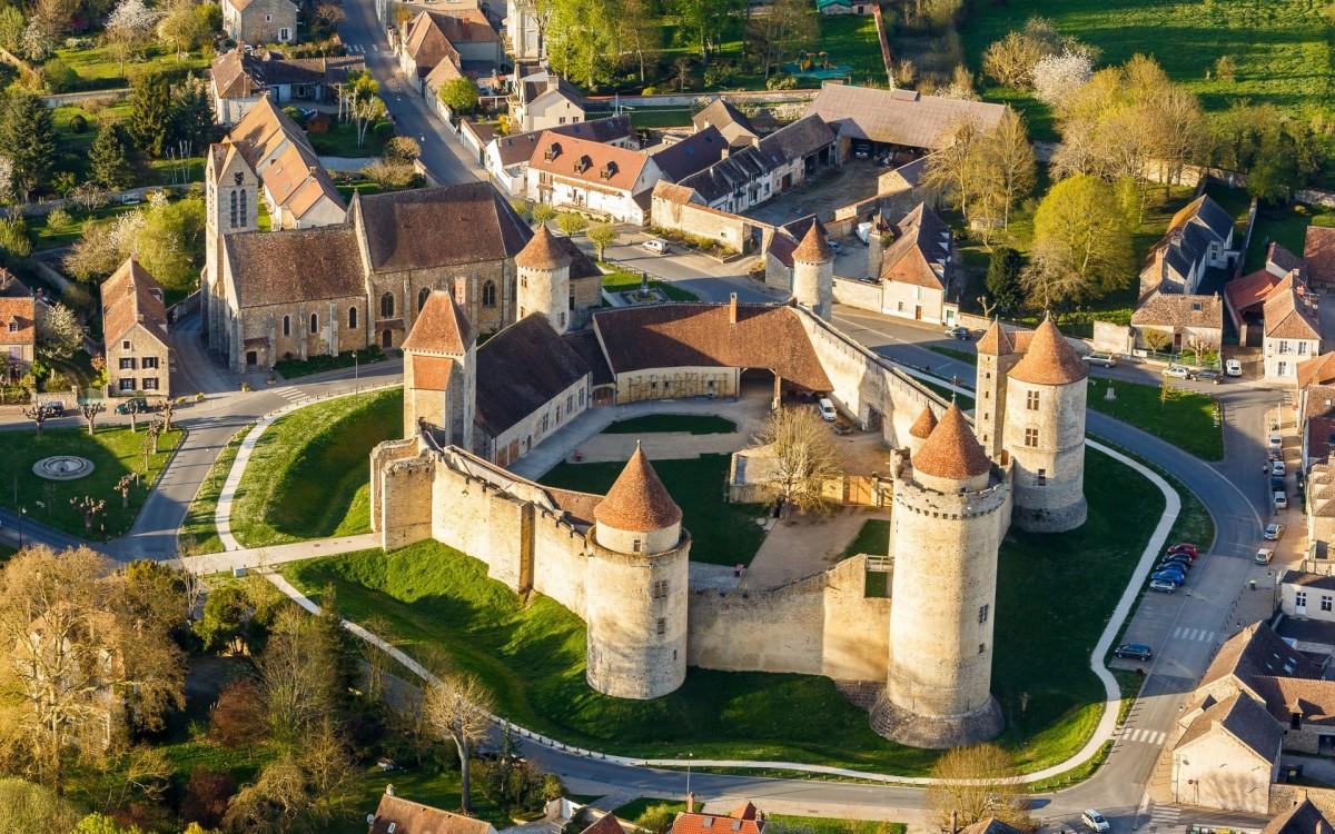 O quebra-cabeça Recolher o quebra-cabeças on-line - France