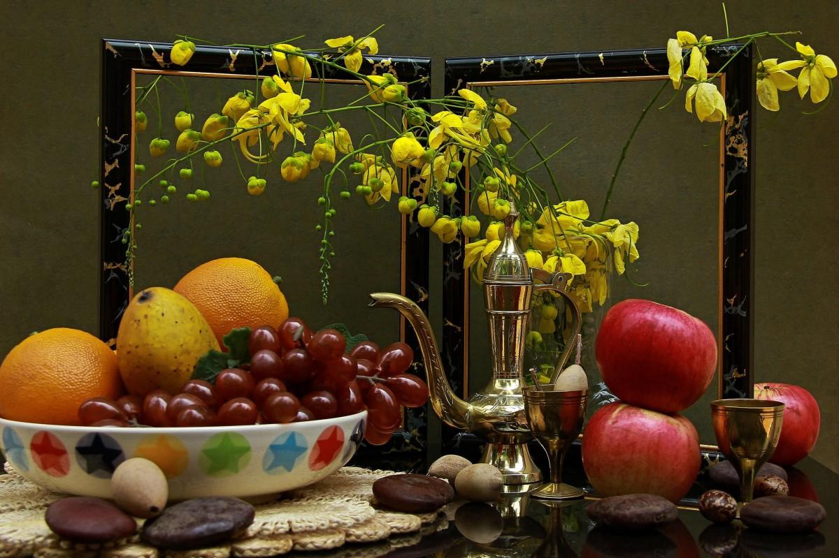 O quebra-cabeça Recolher o quebra-cabeças on-line - Fruits and frame