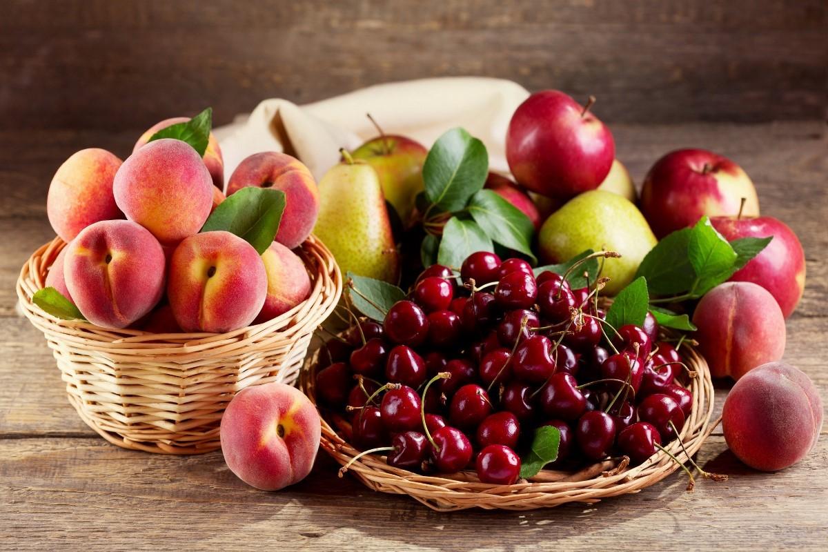O quebra-cabeça Recolher o quebra-cabeças on-line - Fruits and berries