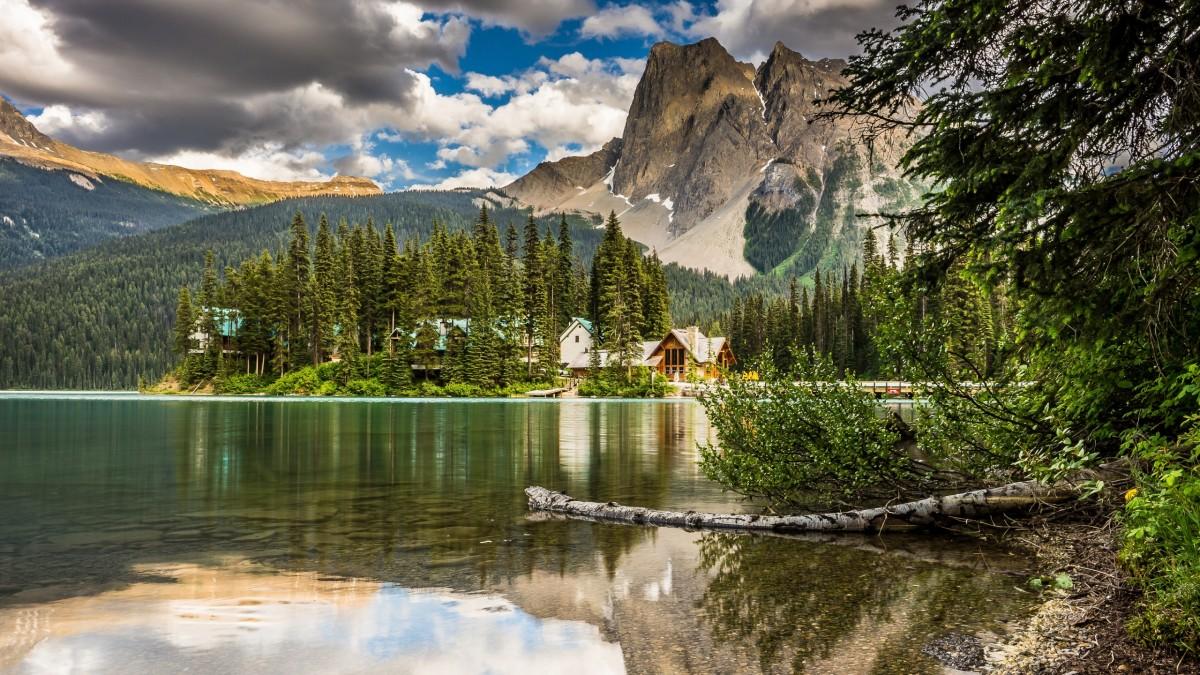 O quebra-cabeça Recolher o quebra-cabeças on-line - Emerald lake