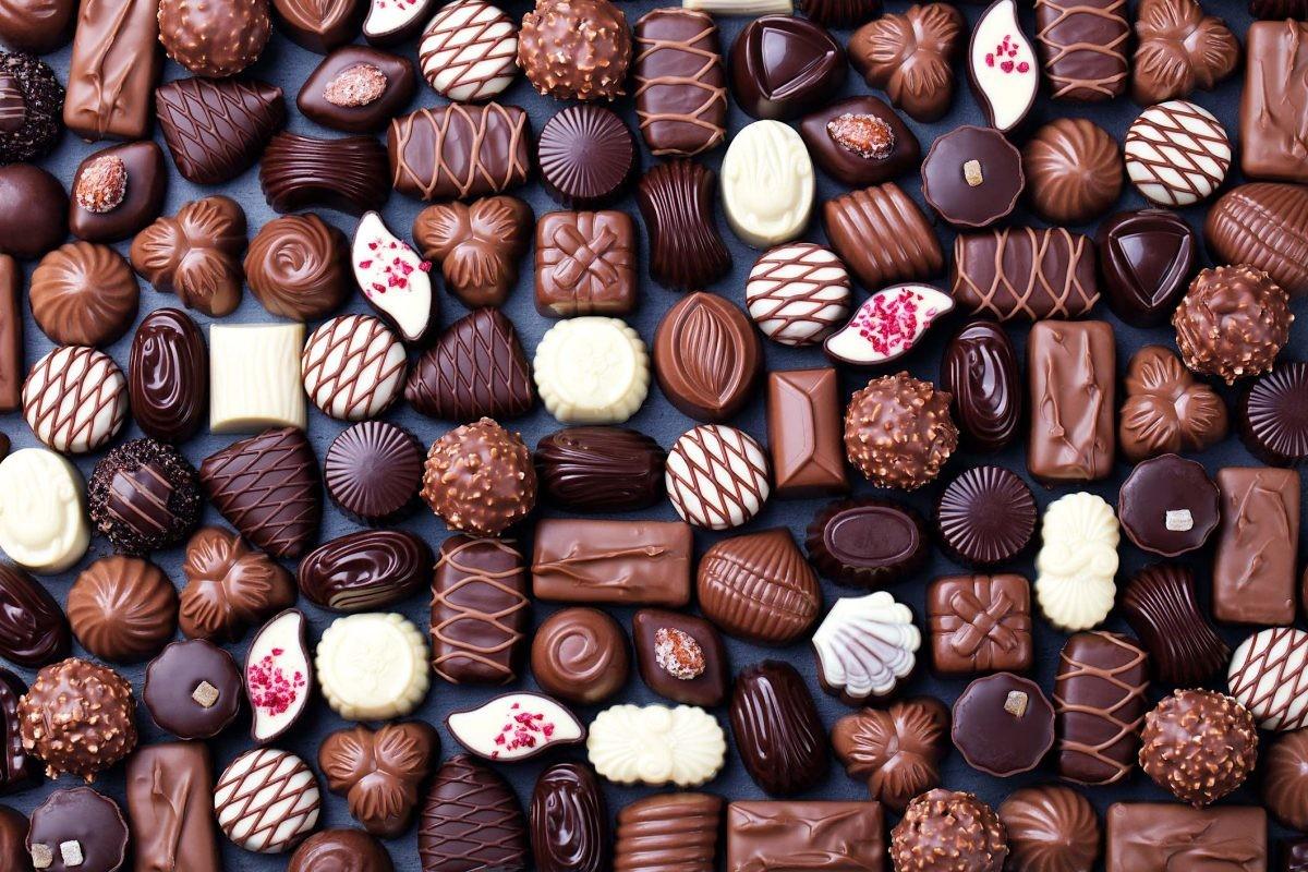 O quebra-cabeça Recolher o quebra-cabeças on-line - Chocolate assortment