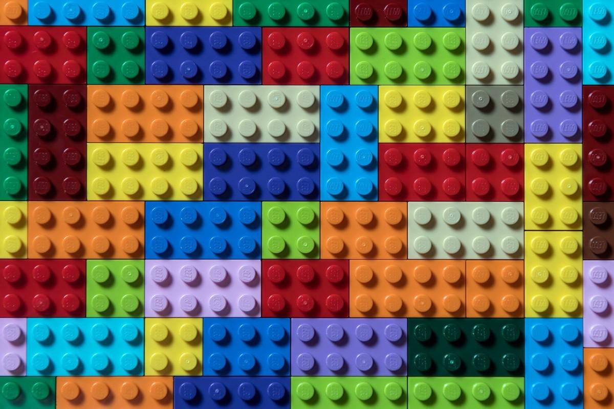 O quebra-cabeça Recolher o quebra-cabeças on-line - Lego