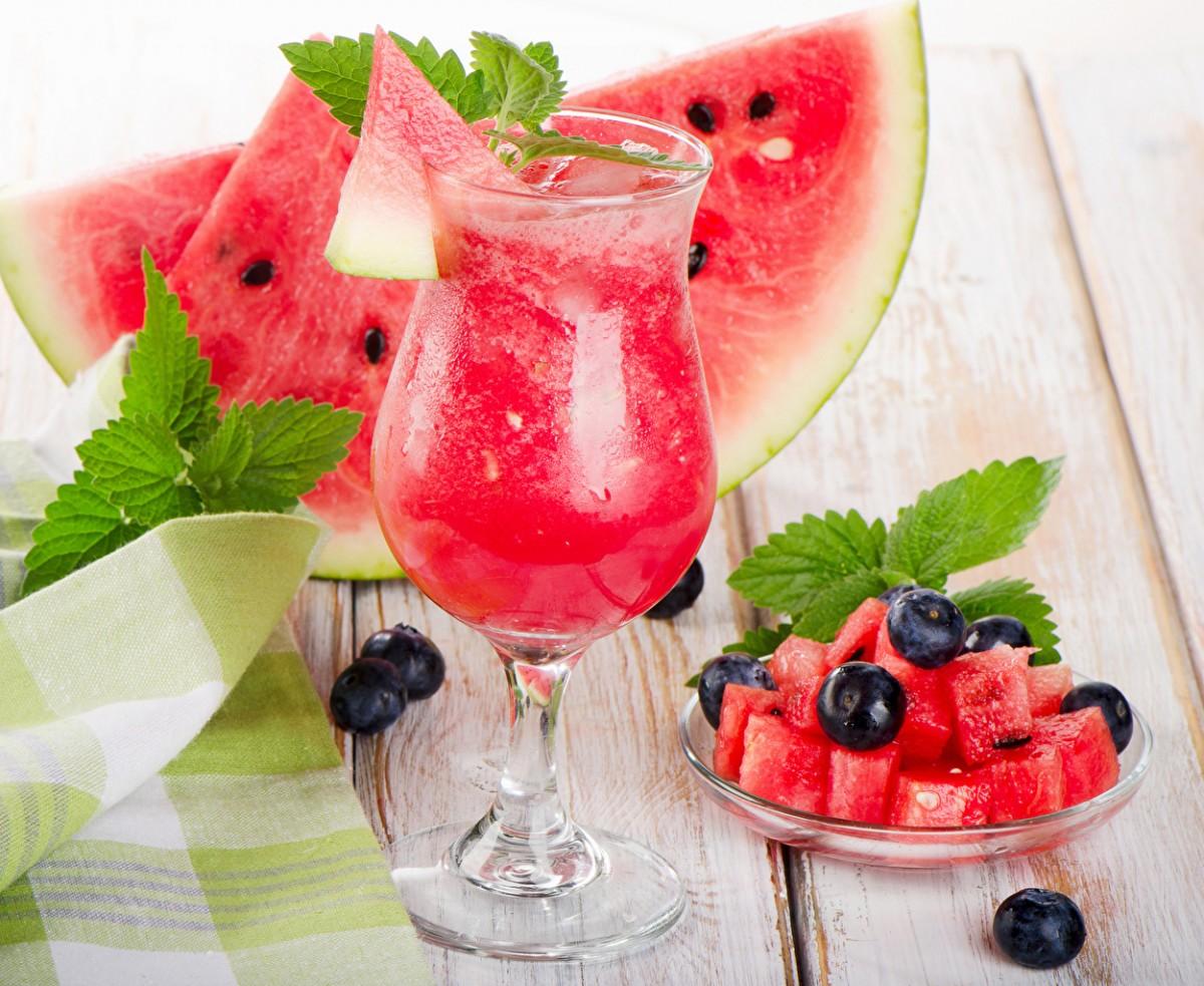 O quebra-cabeça Recolher o quebra-cabeças on-line - Still life with watermelon