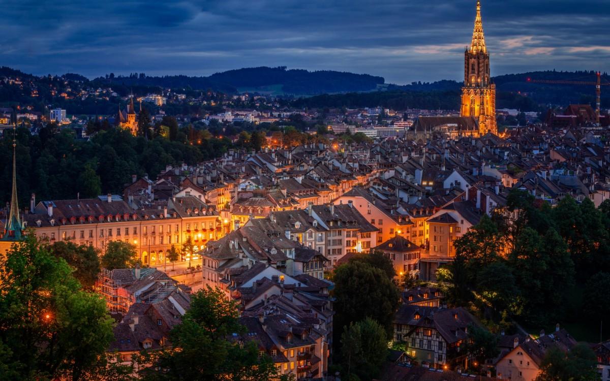 O quebra-cabeça Recolher o quebra-cabeças on-line - The Lights Of Bern