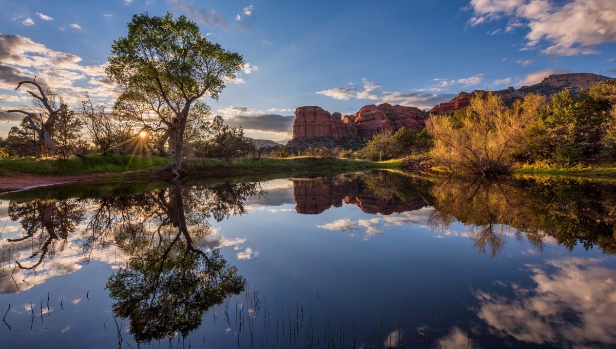 O quebra-cabeça Recolher o quebra-cabeças on-line - Lake in Arizona