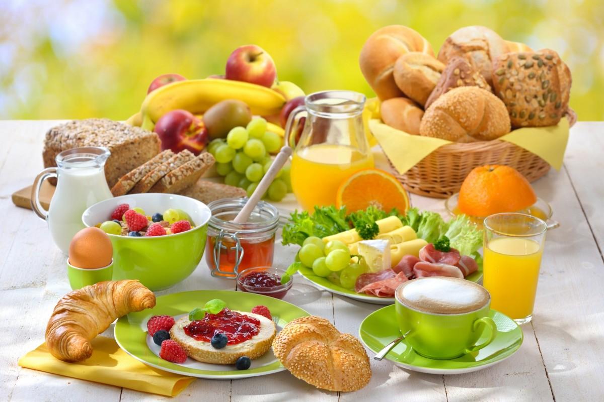 O quebra-cabeça Recolher o quebra-cabeças on-line - Breakfast with taste