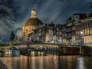 Собирать пазл Amsterdam онлайн