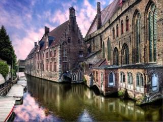 Собирать пазл Belgium онлайн