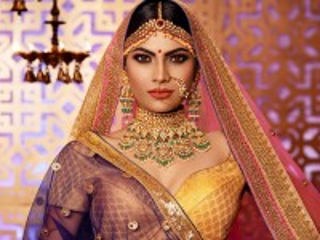 Собирать пазл Girl in saree онлайн