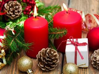 Собирать пазл Two candles онлайн