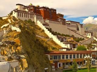 Собирать пазл Palace in Tibet онлайн