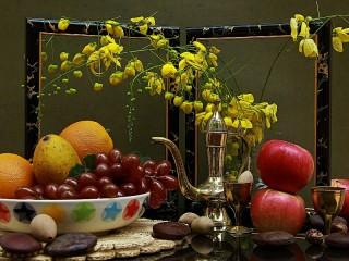 Собирать пазл Fruits and frame онлайн