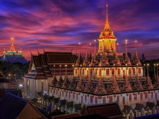 Собирать пазл Temple in Bangkok онлайн