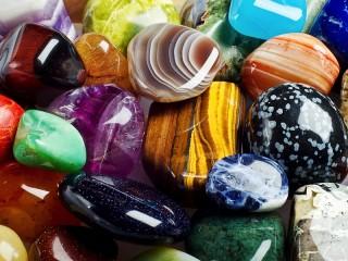 Собирать пазл Talisman stones  онлайн
