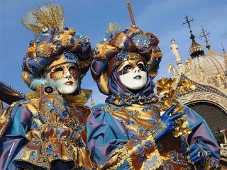 Собирать пазл Venice carnival онлайн