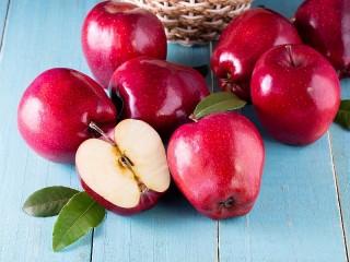 Собирать пазл Red apples онлайн