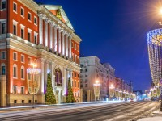 Собирать пазл The streets of Moscow онлайн