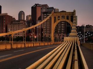 Собирать пазл The bridge in the future онлайн