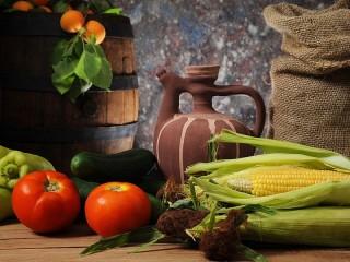 Собирать пазл Still life with corn онлайн