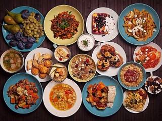 Собирать пазл Dinner's ready онлайн