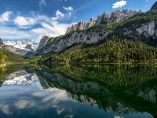 Собирать пазл The lake in Austria онлайн