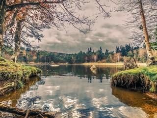Собирать пазл Lake of the woods онлайн