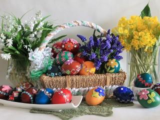 Собирать пазл Easter basket онлайн