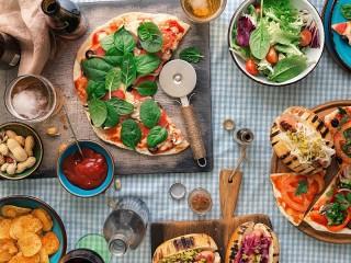 Собирать пазл Pizza company онлайн