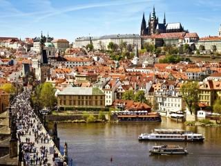 Собирать пазл Prague - Charles bridge онлайн