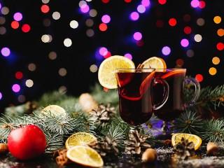 Собирать пазл Holiday онлайн