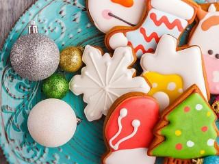 Собирать пазл Glazed gingerbread онлайн