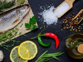 Собирать пазл Fish and spices онлайн