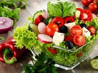 Собирать пазл Salat онлайн