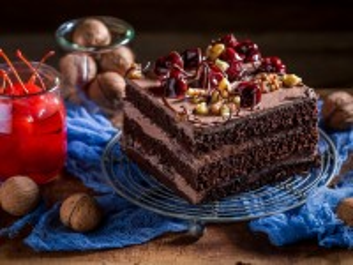 Собирать пазл Chocolate cakes онлайн