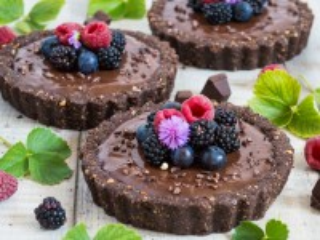 Собирать пазл Chocolate temptation онлайн