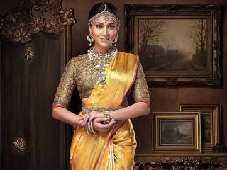 Собирать пазл Shriya Saran онлайн