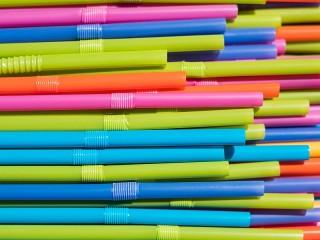 Собирать пазл Straws онлайн