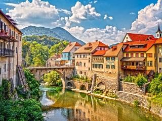 Собирать пазл Sora Slovenia онлайн