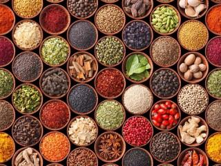 Собирать пазл Spices in jars онлайн