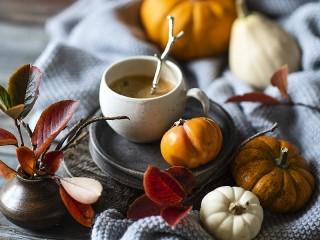 Собирать пазл Pumpkin and coffee онлайн