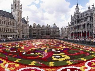 Собирать пазл Flower carpet 1 онлайн