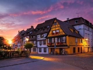 Собирать пазл Morning in Colmar онлайн
