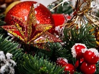 Собирать пазл Winter holidays онлайн